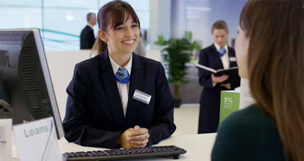 بهترین رشته برای استخدام بانک