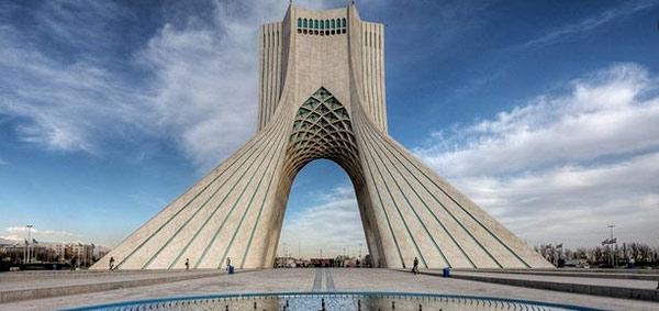 استخدام مترجم زبان انگلیسی در هتل های تهران