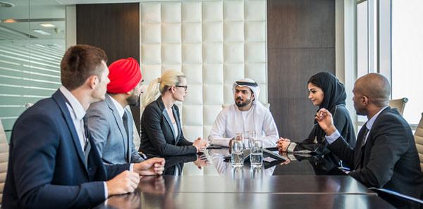 شرایط کار در امارات و اخذ اقامت